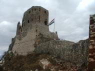 Csesznek :: Elutaztunk a vár miatt Csesznek településre. Itt töltöttünk egy napot pihenéssel.